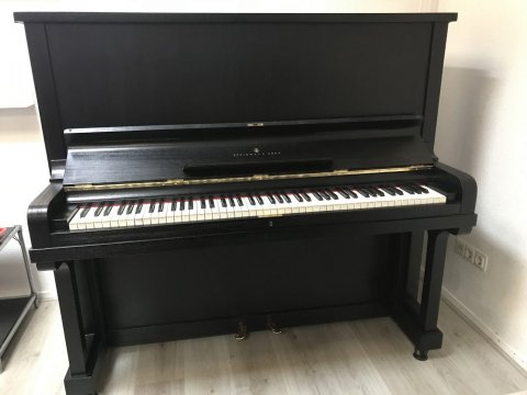 Steinway sons 5